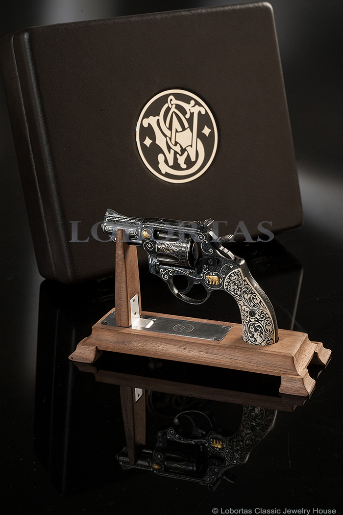 3-3-smith-and-wesson-model-19-2.jpg