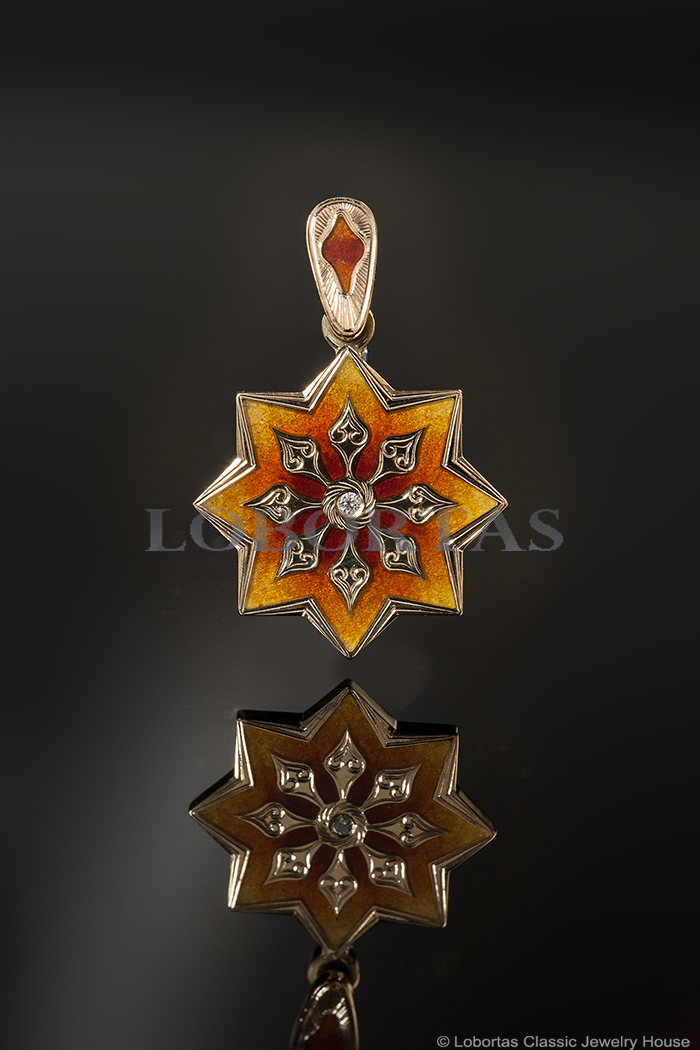 enamel-diamond-gold-pendant-18-02-129.jpg