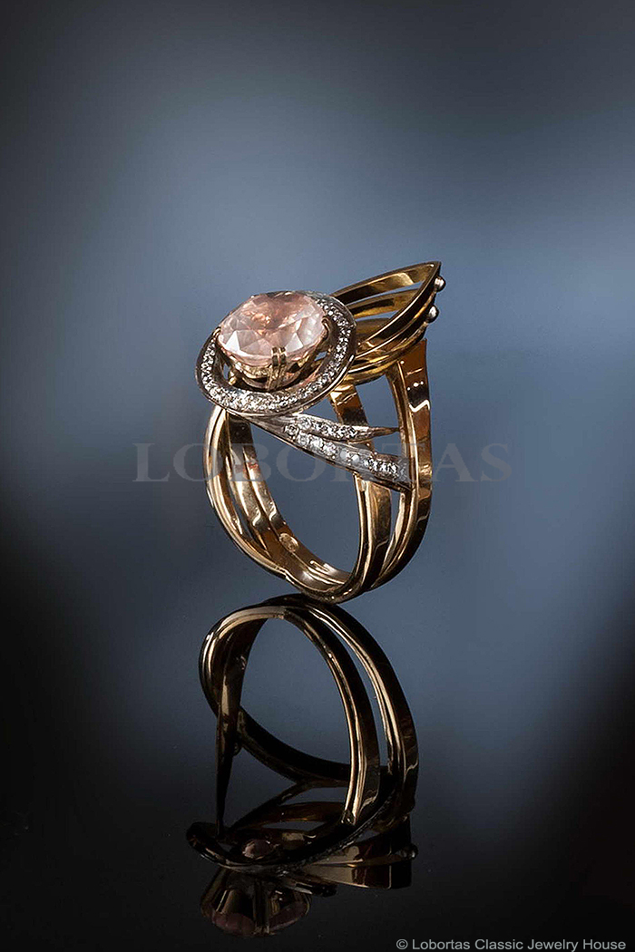 pink-quartz-diamond-gold-ring-14032504.jpg