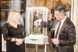 The world chess champion Susan Polgar and Igor Lobortas