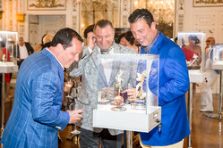 "Jewelry presentation of the House ""Lobortas"" for the members of the Mar-a-Lago billionaires' club"
