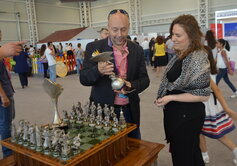 "Presentation of the chess set ""Marches on Bosporan"", the Grand Prix series cup and the women's Chess Oscar ""Caissa"" to the Director General of the FIDE Geoffrey Borg and the famous Hungarian chess player Judith Polgar."