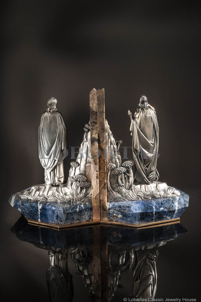 bookends-anthony-and-theodosius-190104-4.jpg
