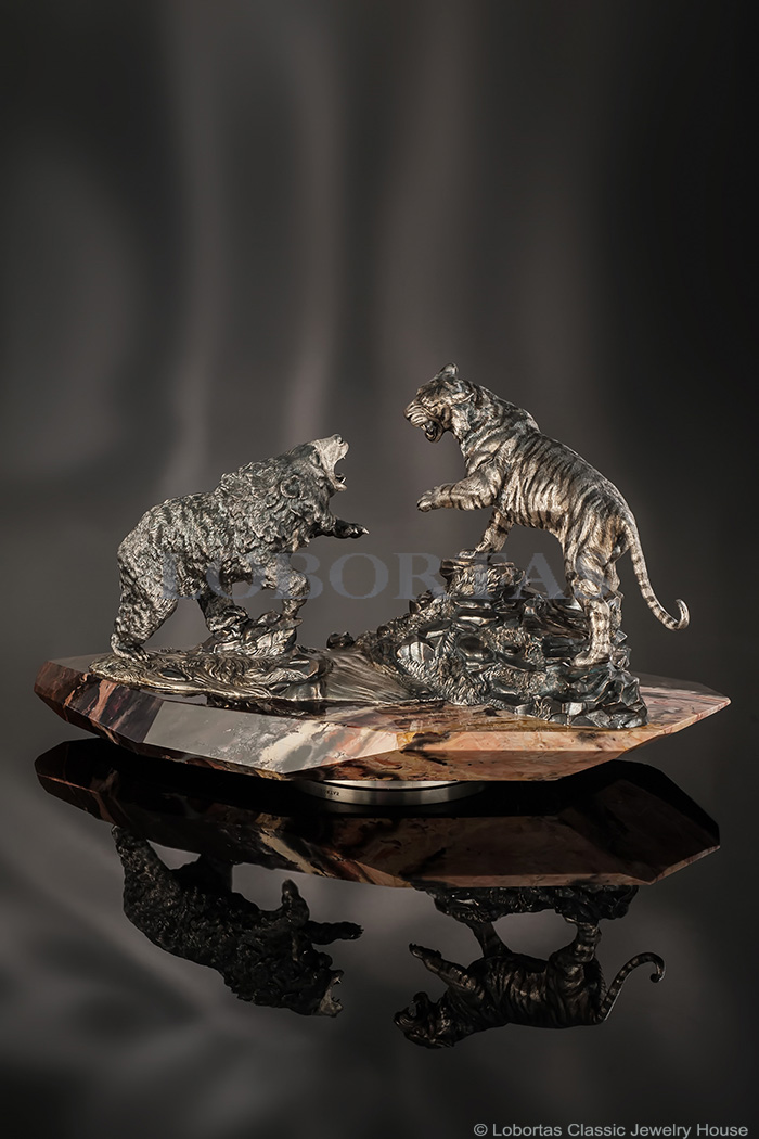 jewelry-sculpture-tiger-and-bear-20-03-097.jpg