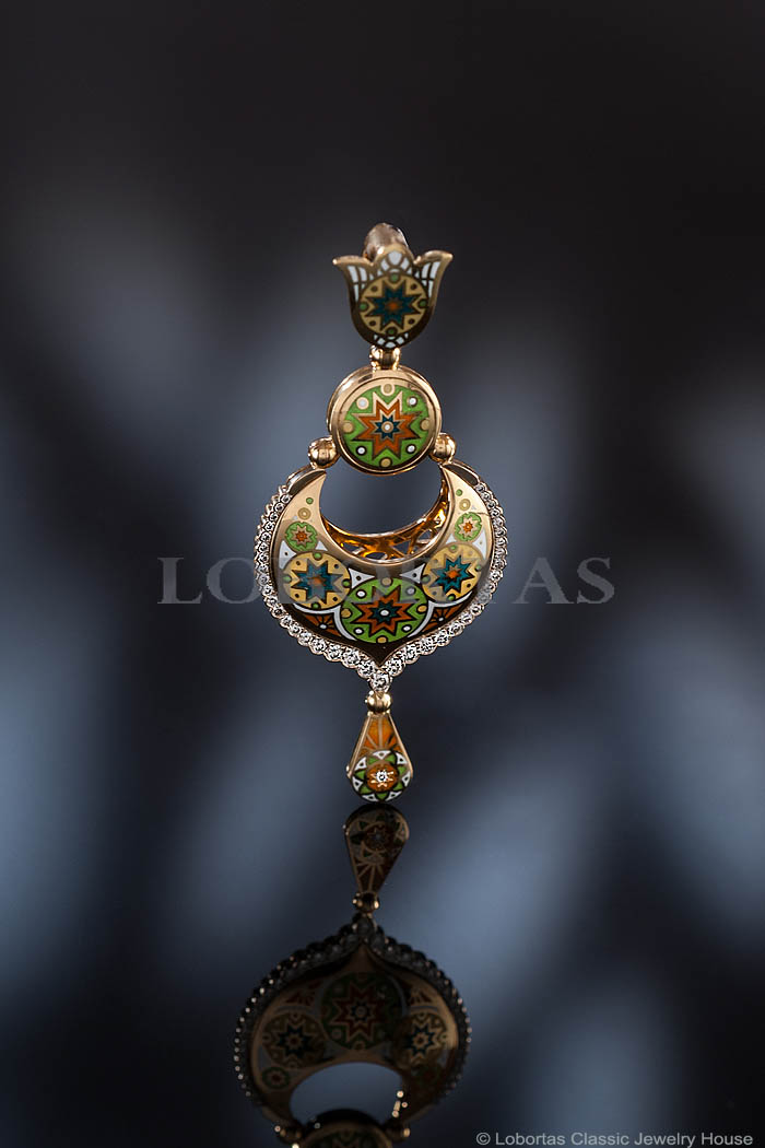 diamond-enamel-gold-pendant-190119-2.jpg