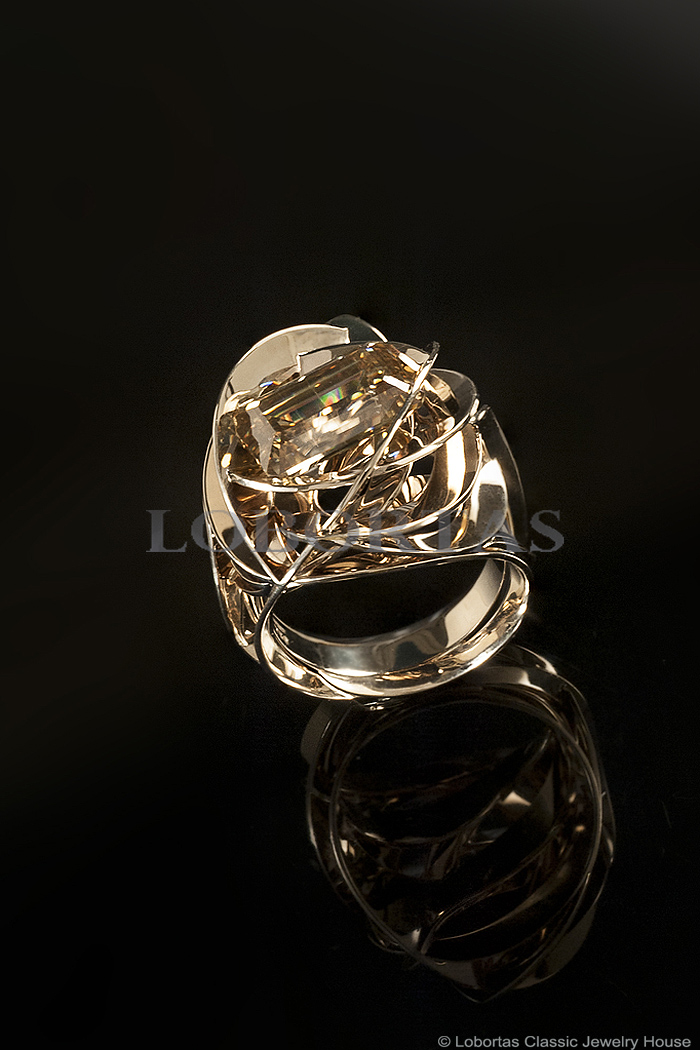 moissanite-gold-ring-18-03-145-6.jpg