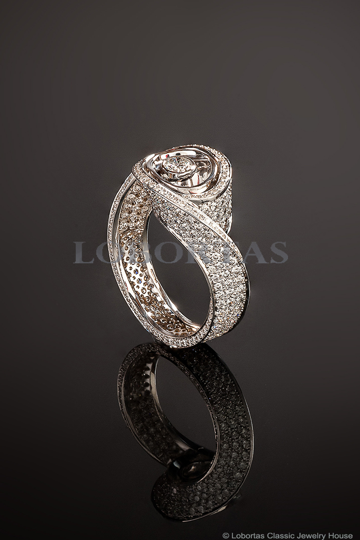 diamond-gold-ring-16-10-630.jpg