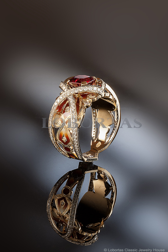 1-gold-enamel-diamond-spinel-ring-703.jpg