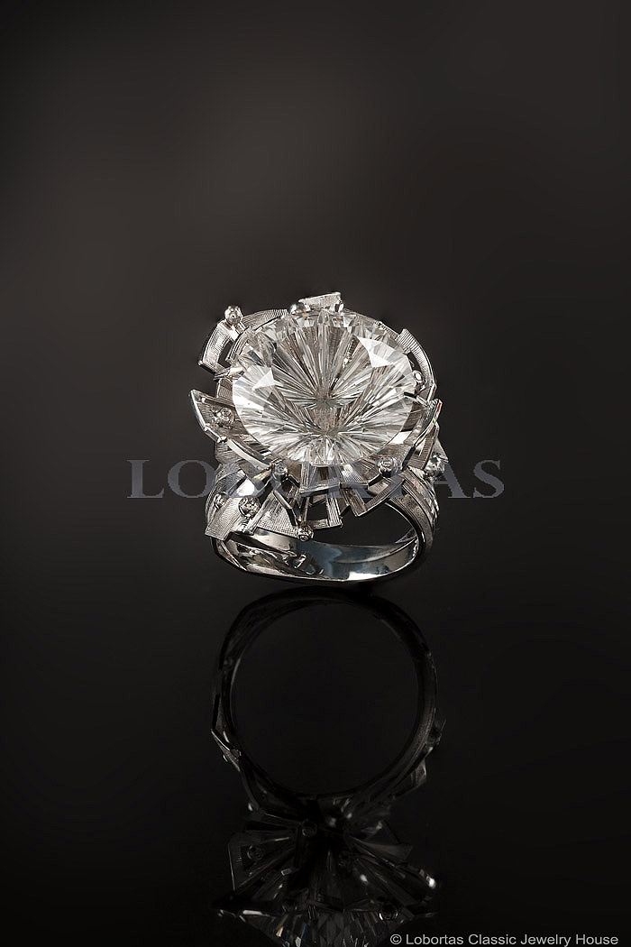 diamond-topaz-gold-ring-18-02-068-3.jpg