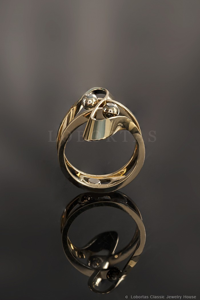 gold-diamond-ring-20-04-147-3.jpg
