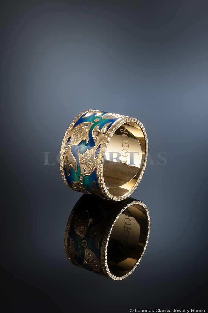 enamel-diamond-gold-ring-713040-1.jpg