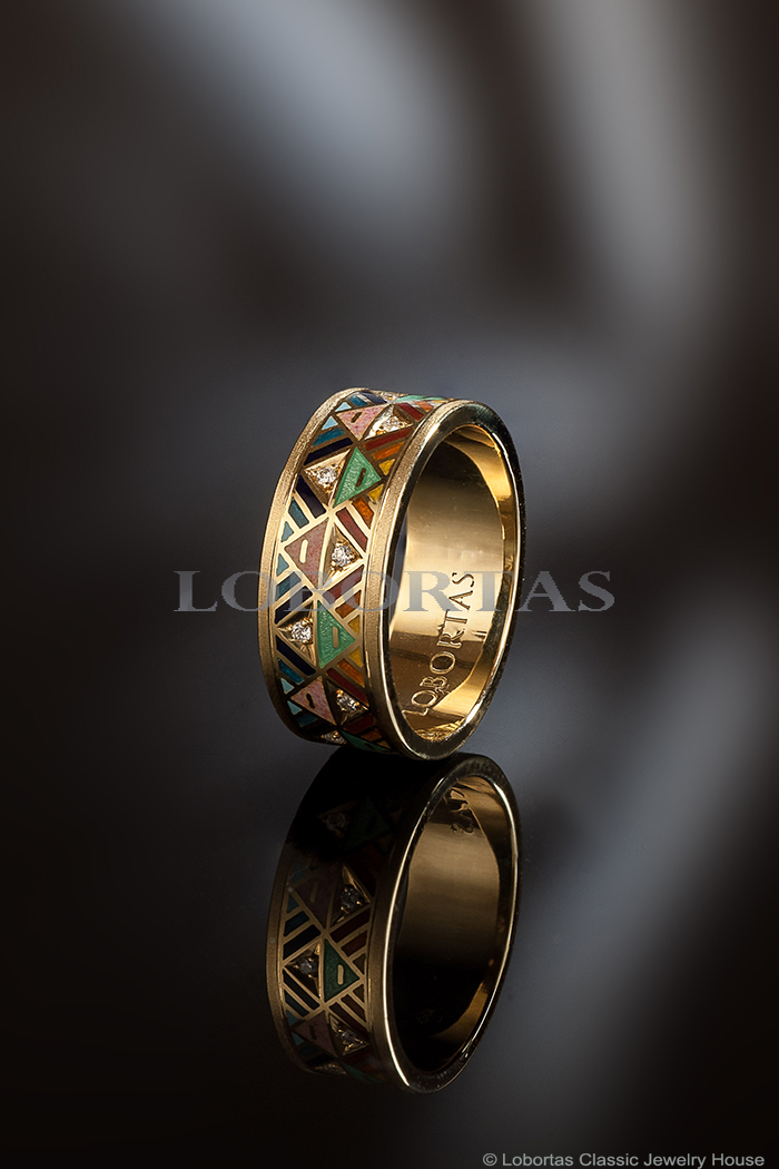 gold-enamel-diamond-ring-522.jpg