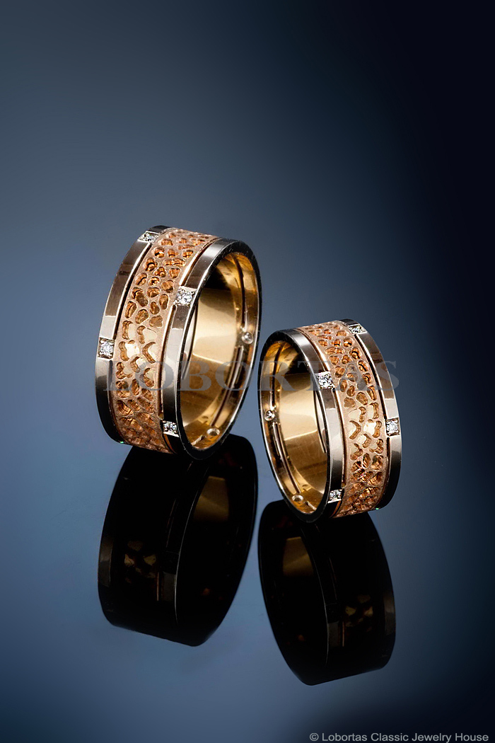 diamond-gold-wedding-rings-180406-2.jpg
