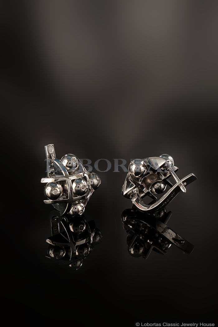 4-silver-diamond-earrings-19-06-423-1.jpg